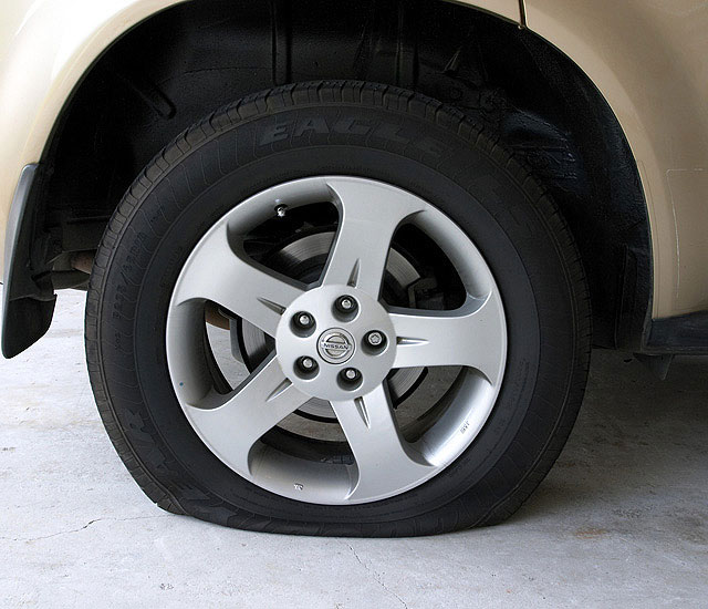 how to tell if a tyre is run flat